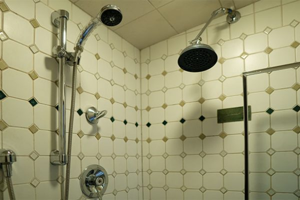 Overflow rooms, shower