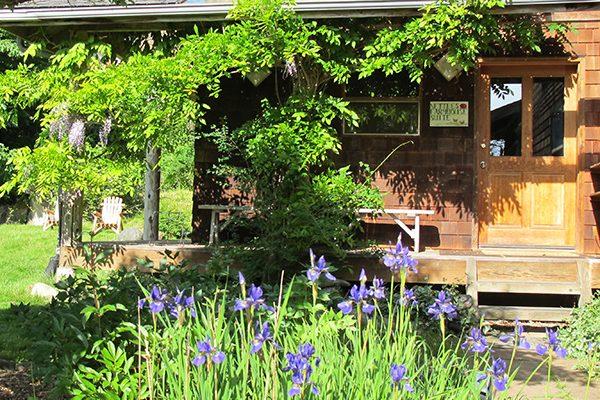 farmhouse suite entry